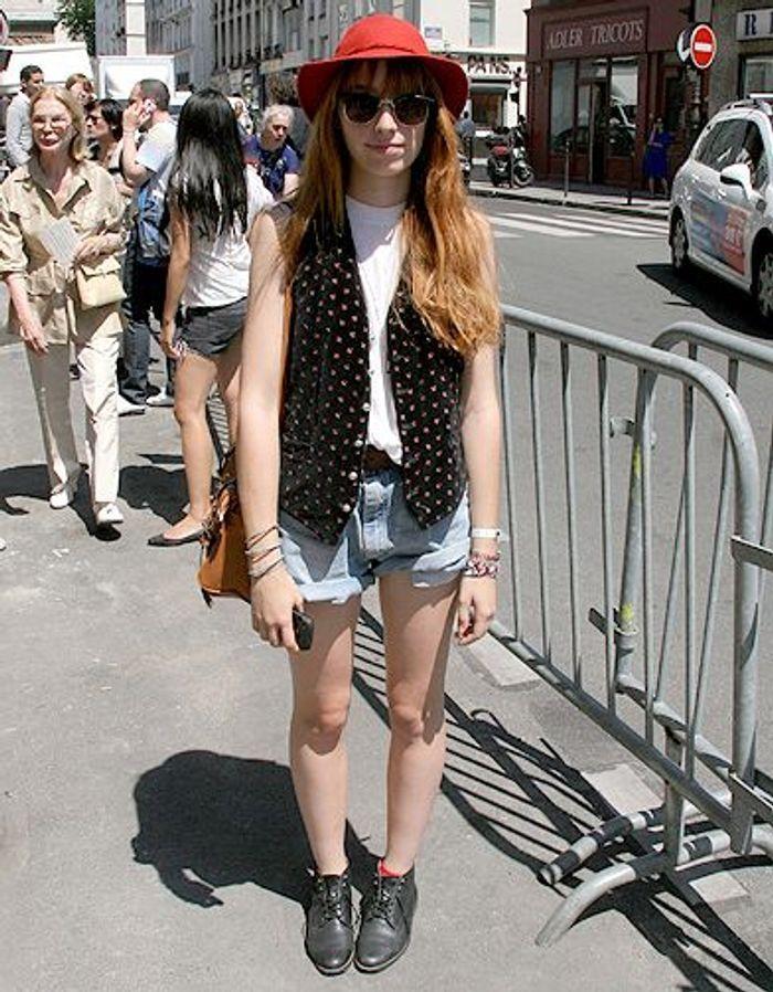 Mode diaporama look street style defiles Street look Jean Paul Gauthier 0723