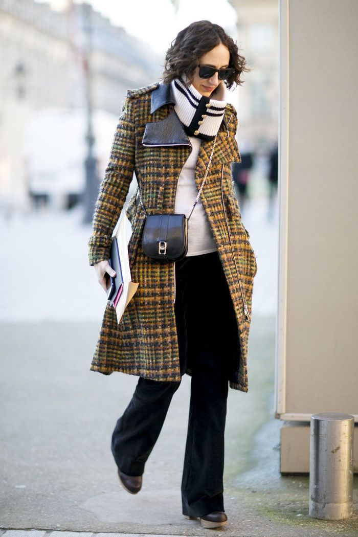 look d 39 hiver avec manteau carreaux look d hiver 30 inspirations rep r es dans la rue elle. Black Bedroom Furniture Sets. Home Design Ideas