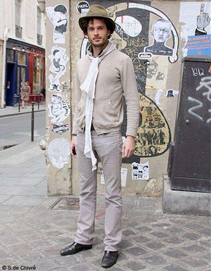 mode tendance street style look homme barthelemy street style honneur aux hommes elle. Black Bedroom Furniture Sets. Home Design Ideas
