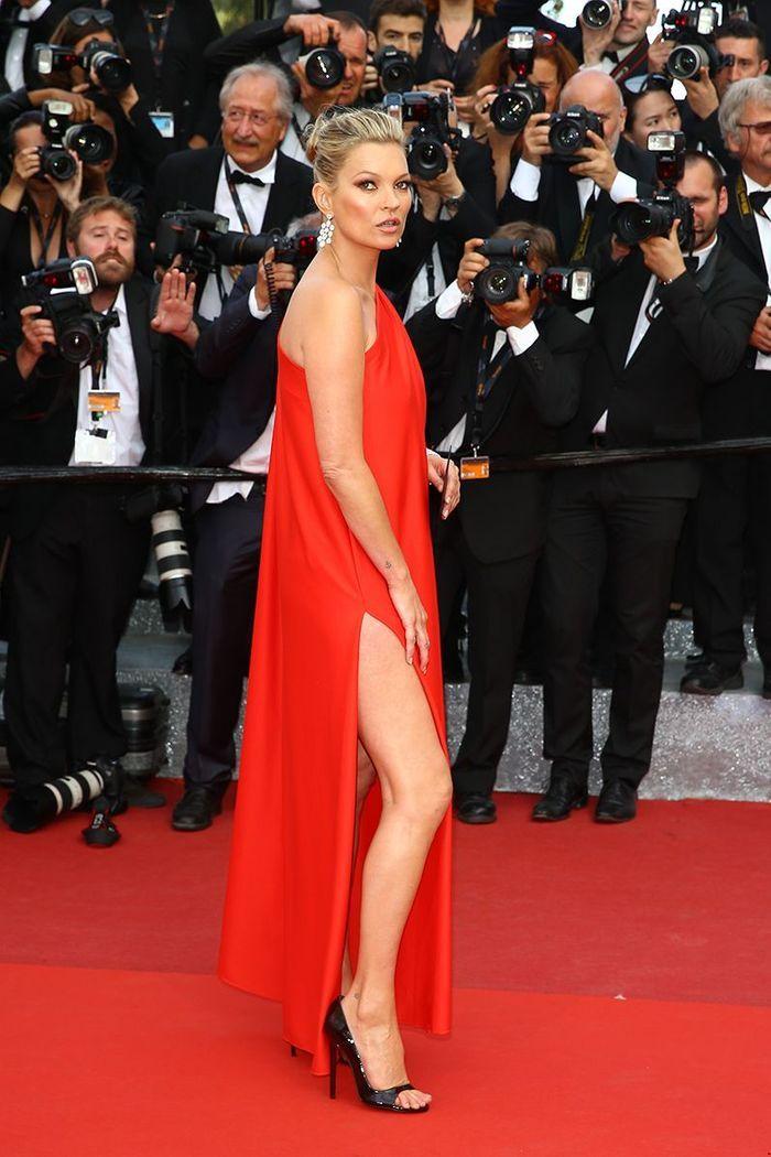 La robe fendue de Kate Moss