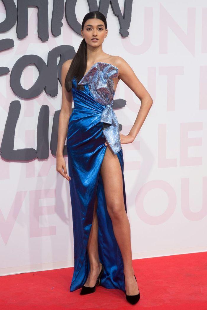 La robe retro de Neelam Gill