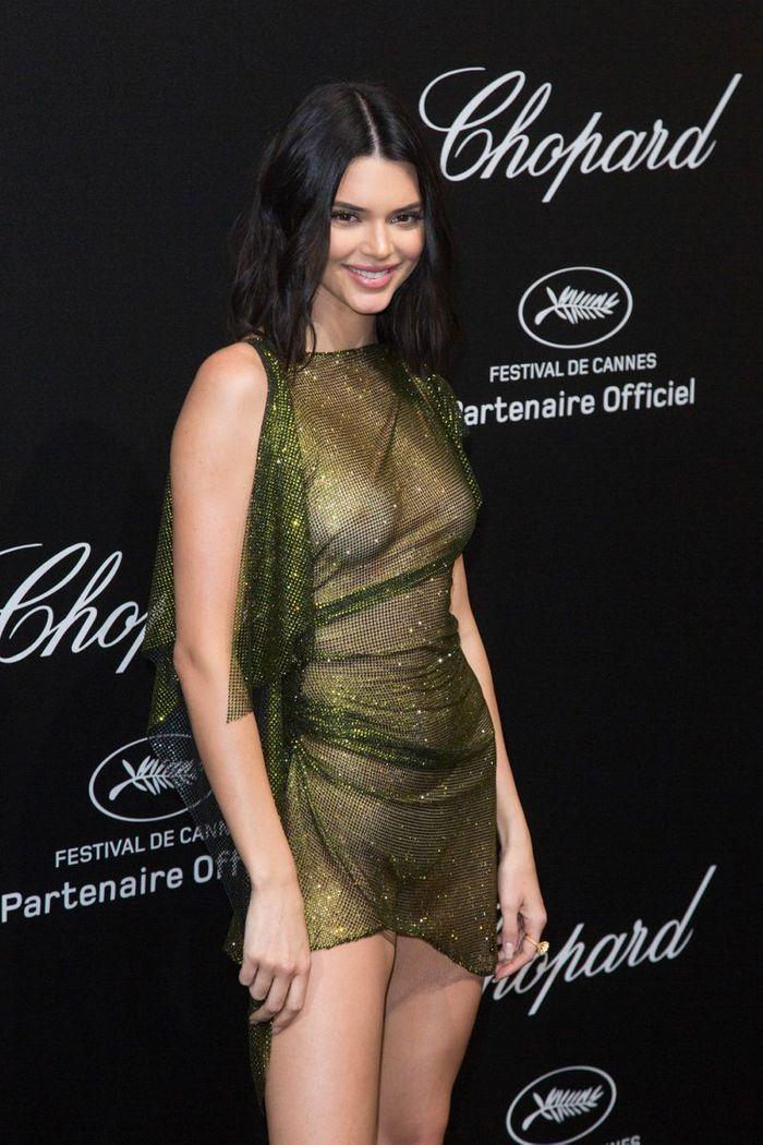 La robe (très) transparente de Kendall Jenner