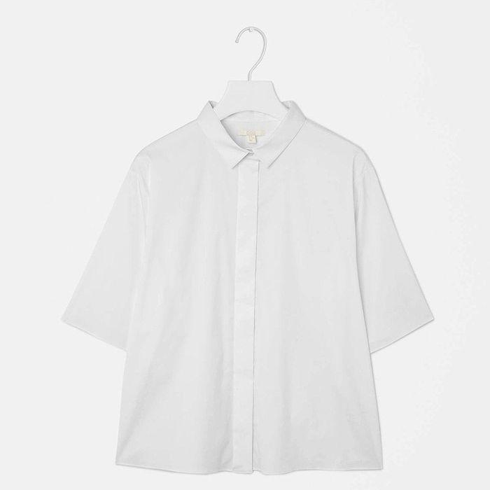 chemise blanche cos avoir une belle chemise blanche dans. Black Bedroom Furniture Sets. Home Design Ideas