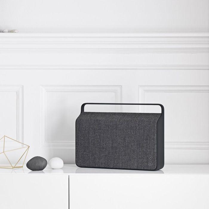 une enceinte bluetooth no l plus de 100 cadeaux design. Black Bedroom Furniture Sets. Home Design Ideas