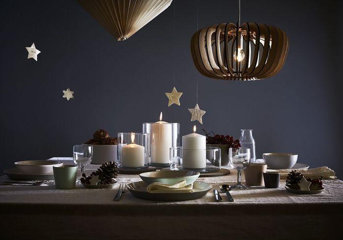 Centre de table de Noël avec des photophores