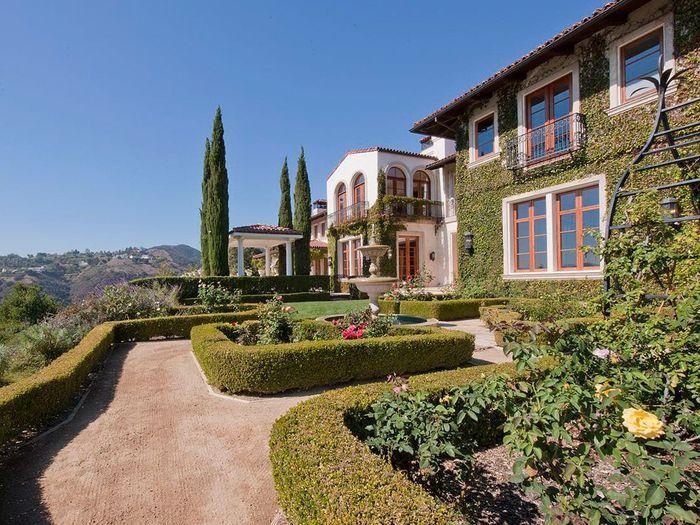 Un beau jardin maisons de stars qui habite ici elle for Avoir un beau jardin