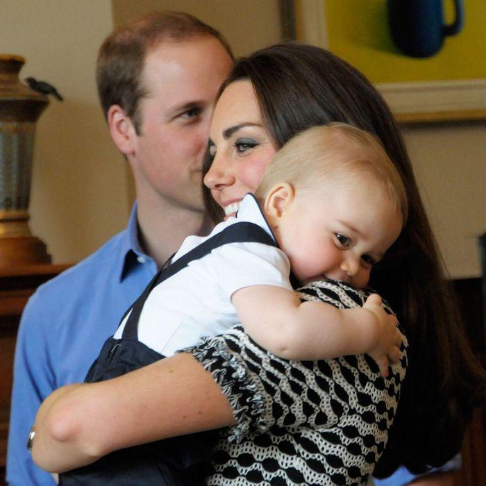 un gros c lin avec maman prince george l 39 album photo d 39 un royal baby craquant elle. Black Bedroom Furniture Sets. Home Design Ideas