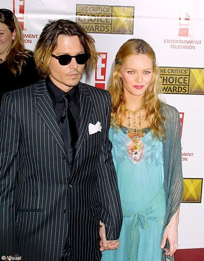 vanessa paradis et johnny depp pourquoi leur couple dure vanessa paradis et johnny depp le. Black Bedroom Furniture Sets. Home Design Ideas