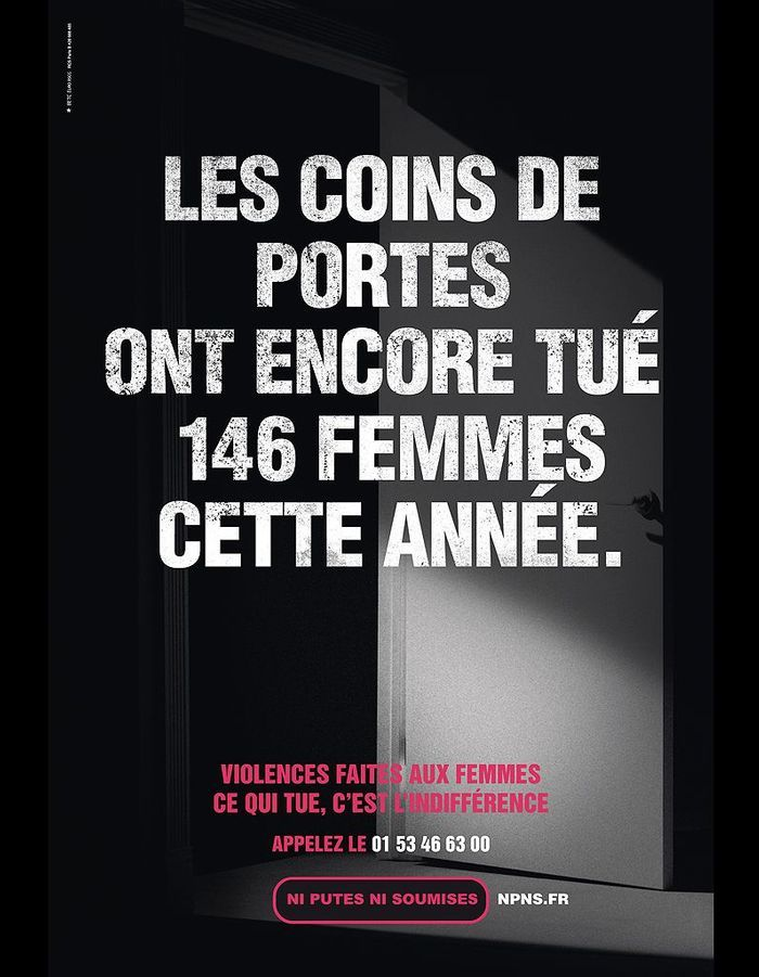 2011 72 affiches pour d noncer les violences faites aux femmes elle. Black Bedroom Furniture Sets. Home Design Ideas