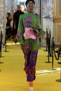 Défilé Gucci Prêt à porter Croisière 2018