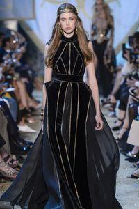 Défilé Elie Saab Haute Couture Automne-Hiver 2017-2018