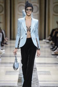 Défilé Giorgio Armani Haute Couture Automne-Hiver 2017-2018