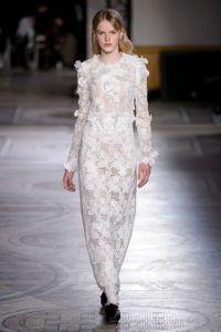 Défilé Giambattista Valli Haute Couture Printemps-Été 2018