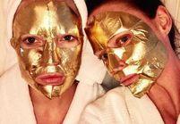 Kate Hudson et Stella McCartney craquent pour le masque à l'or : est-ce bon pour la peau ?