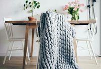 #ELLEDécoCrush : le plaid en tricot XXL, le must have de cet hiver