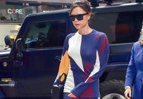 Victoria Beckham nous montre comment porter des bottes rouges avec style