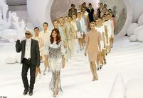 Défilé Chanel : Florence Welch sur scène, Uma Thurman dans le public