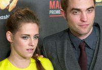 Robert Pattinson rentre d'Australie et court rejoindre Kristen Stewart