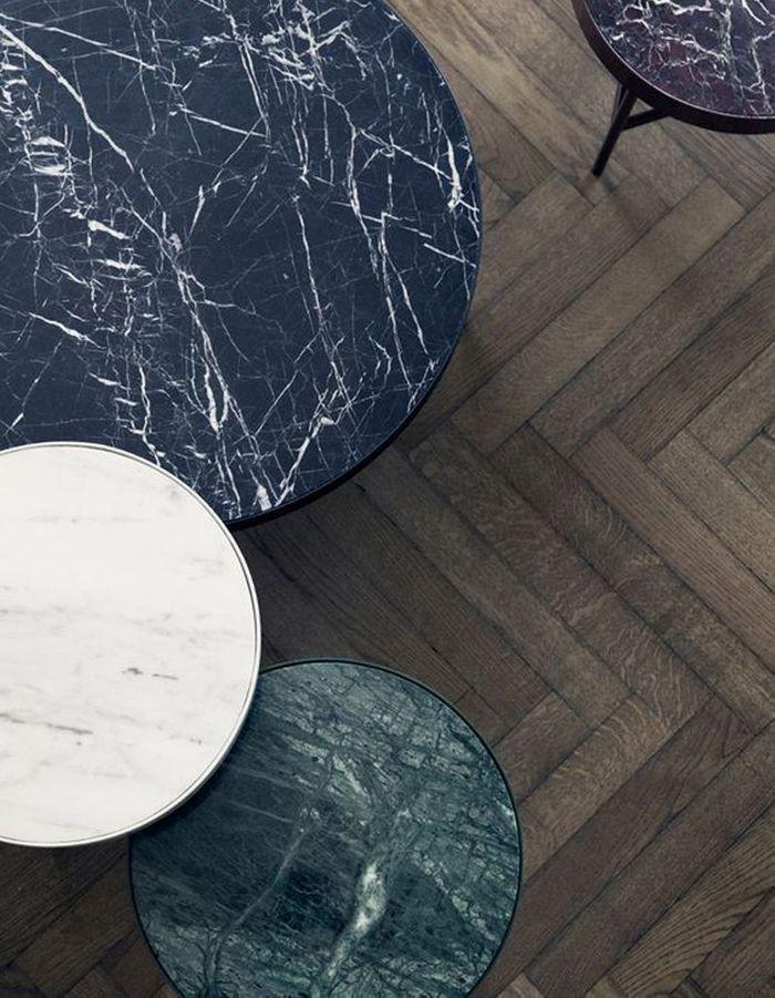 Adoptez une table d'appoint pour une touche de marbre vert