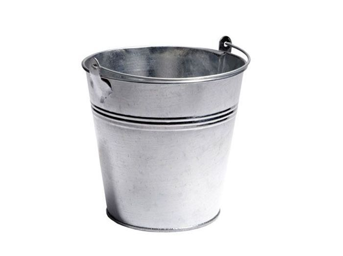 Le seau en zinc