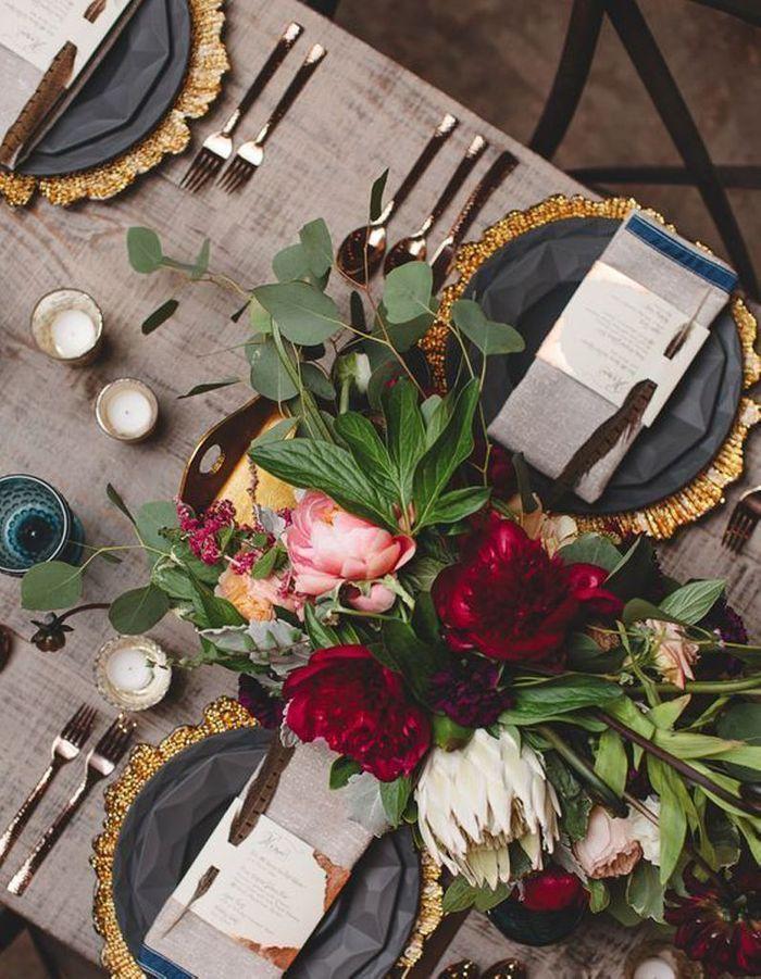 Une table de fête florale